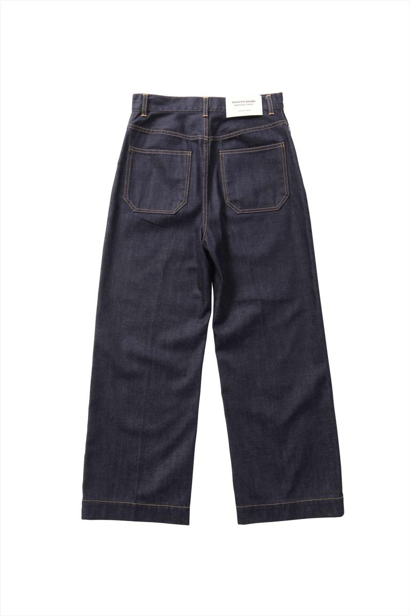 セルヴィッジデニム5ポケットワイドパンツ ¥27,000/ビューティフルピープル