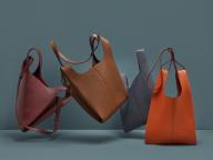 オンラインストアにて先行発売中! マルベリー初のサステイナブルなバッグ「ポートベロー トート」