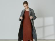 予約販売でも大人気! スタイリング/の日本庭園オマージュのニットドレスが発売スタート
