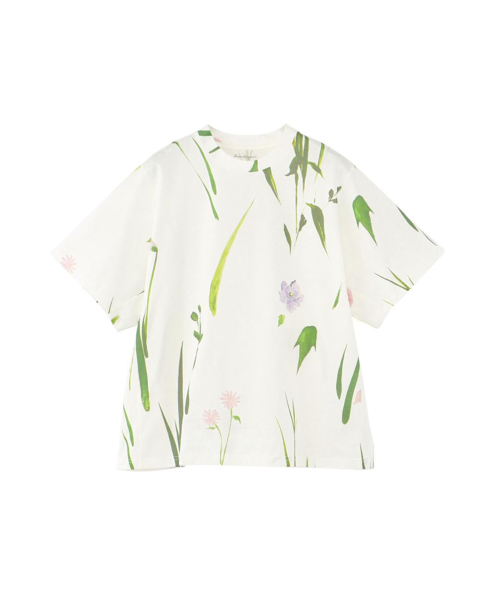 フラワープリント Tシャツ(ウィメンズ)¥18,000/伊勢丹新宿店(マメ)
