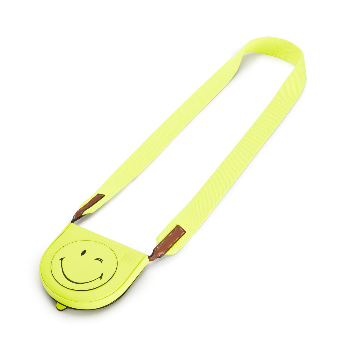 HEEL POUCH SMALL SMILEY WINK(H15×W17.5×D4.5cm)¥68,000 ※日本限定/ロエベ ジャパン クライアントサービス LOEWE Paula's 2020 featuring SmileyWorld®