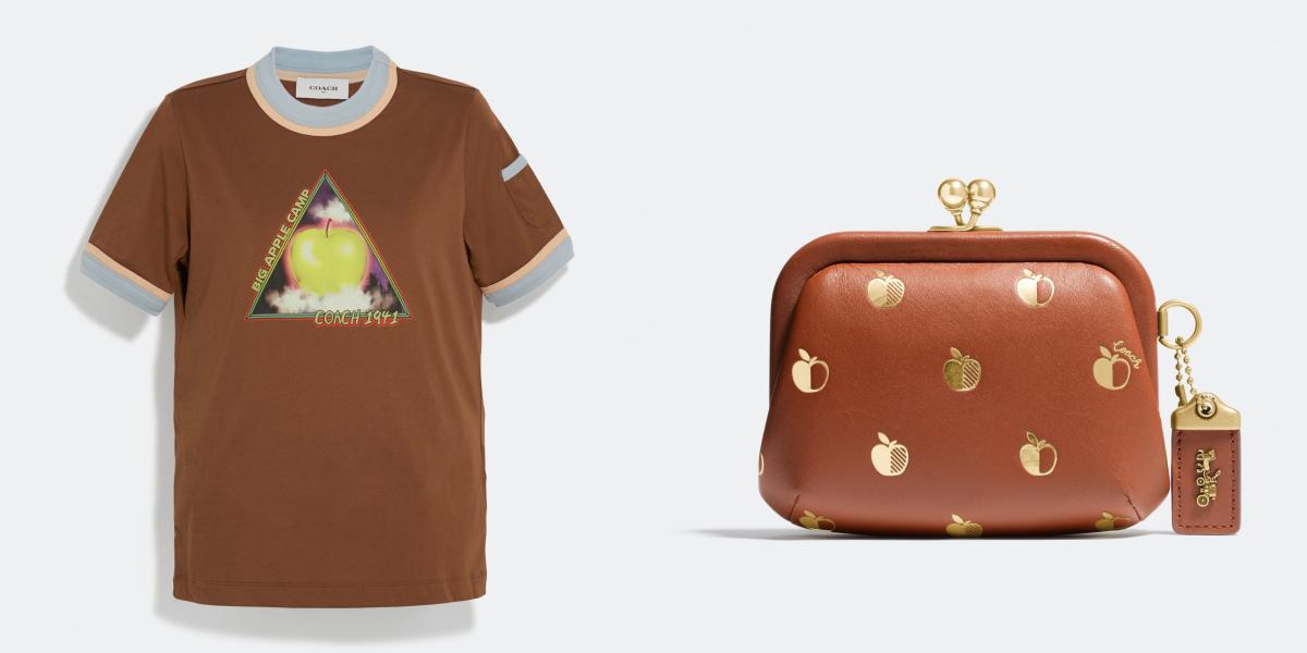 ビッグ アップル キャンプ コントラスト バインディング Tシャツ ¥10,000、アップルプリント キスロック コインケース(H8.5×W13×D4cm)¥27,000/コーチ・カスタマーサービス・ジャパン