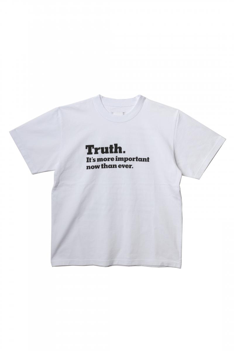 メンズTシャツ(フロント)¥18,000/sacai