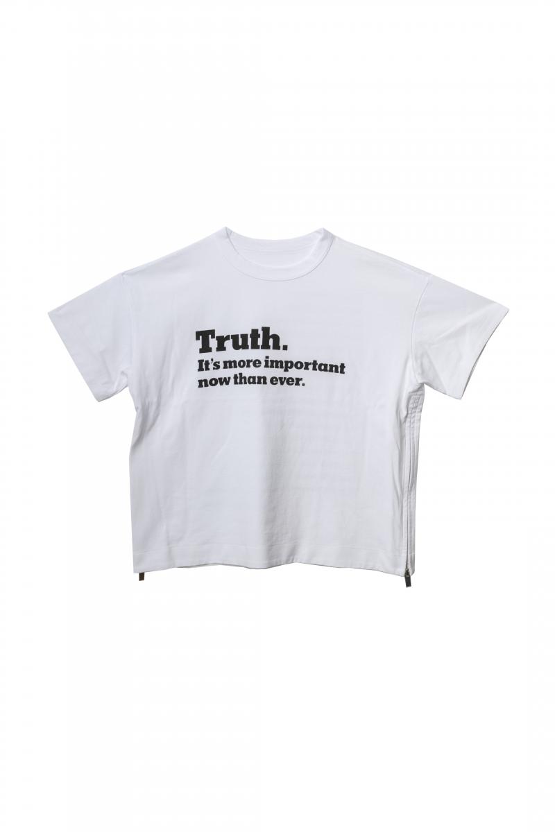 ウィメンズTシャツ(フロント)¥25,000/sacai
