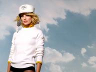シャネルが、スキーリゾートをイメージした「ココ ネージュ」を発表! ADキャンペーンにはマーゴット・ロビーを起用