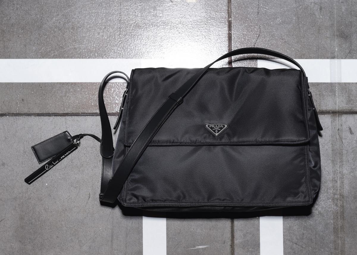 チニ・ボエリによるバッグ