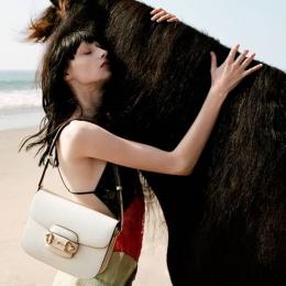 美しくもシュール! 有名監督が手がけたグッチの2020年春夏広告キャンペーンは必見