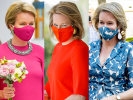 マスクをアクセサリーに! ベルギーのマティルド王妃、コロナ禍のロイヤルスタイルで世界を圧倒