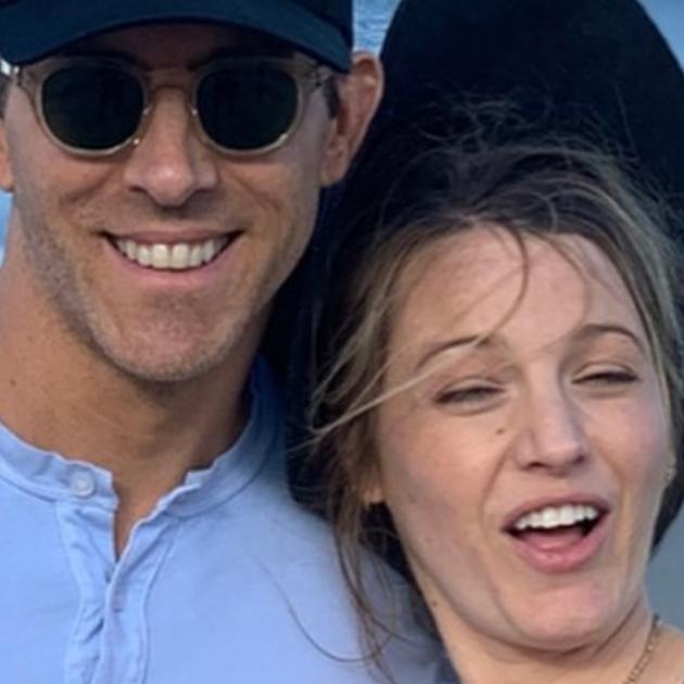 ライアン・レイノルズが妻ブレイクの誕生日を祝福! 変顔写真を一挙大公開