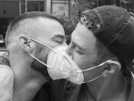 ハリウッドの同性カップル、愛に満ちたツーショットでプライド月間を祝福!