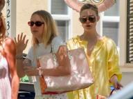ハリウッドで最も旬な姉妹、ダコタ&エル・ファニングのロマンティックな私服に熱視線が集中