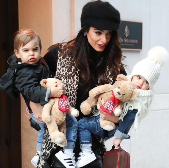 今回のニューヨーク訪問には、ふたりの子どもアレキサンダーくんとエラちゃんも同行。