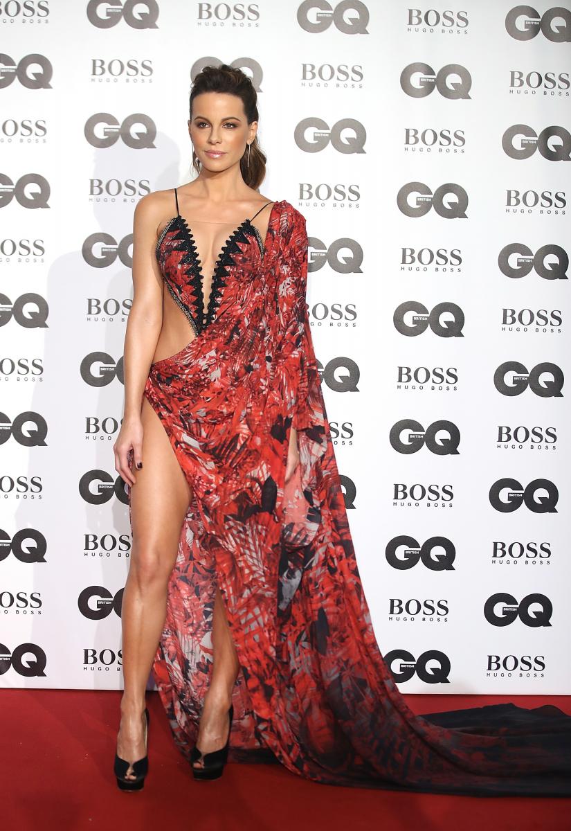 昨年行われたイベントでは、露出度の高いドレスで登場。有無を言わさぬセクシーさで、会場を視線をひとり占めに。