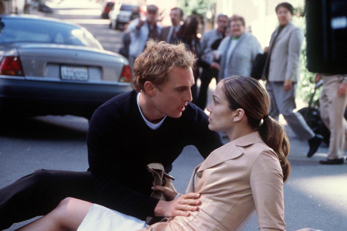 「『好きになってはいけない人』との恋、誰でも一度はありますよね。そんな難題に、さらに人生をかけたキャリアまで関わり、悩み苦しむメアリー。『自分だったらどうする?』と問いながら結末に…。仕事も大切だけど、やっぱり恋も素敵!と思わせてくれる作品」(プロデューサーK)
