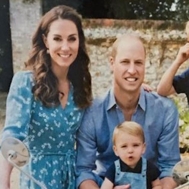 キャサリン妃も仰天!? ウィリアム王子一家のクリスマスカードがフライング公開される!