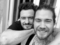 息子のためにタトゥーを入れたオーランド・ブルーム、ファンから「表記ミス」を指摘される!