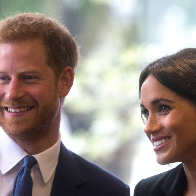 【SPUR】英ヘンリー王子&メーガン妃が笑顔を振りまく! 毎年恒例のチャリティイベントに夫婦揃って参加