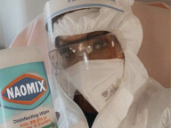 マイ除菌シートを「NAOMIX」と命名! ナオミ・キャンベルのウイルス対策がさらにパワーアップ