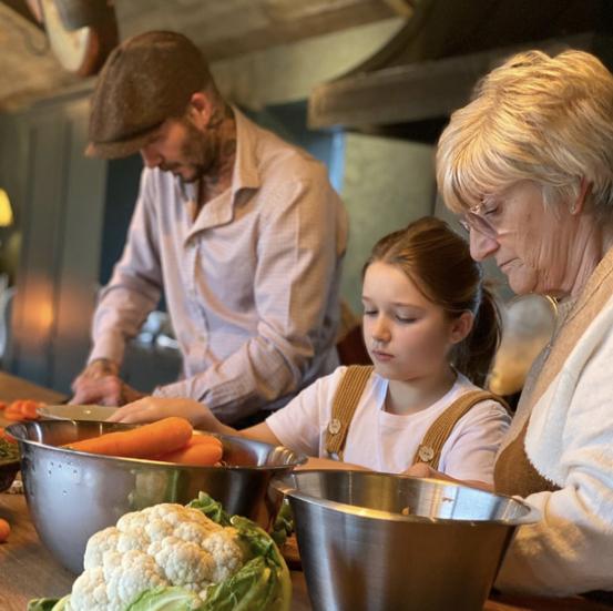 インスタグラムで約6,300万人ものフォロワーをもつデヴィッド。もし料理番組をスタートさせるとなれば、その宣伝効果もバッチリ⁉︎ 料理界でも大成功を収めるかも!