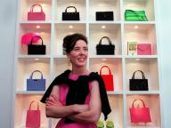 多くのセレブに愛されたデザイナー、ケイト・スペード   その功績をアイコニックアイテムとともに振り返る