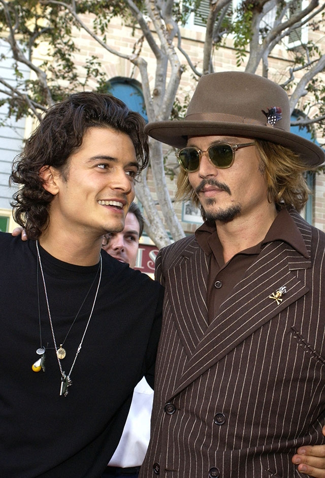 『パイレーツ・オブ・カリビアン』シリーズで共演したジョニー・デップとオーランド・ブルーム