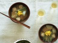 鶏団子のお雑煮風スープと日本酒 - 金曜日のアペロ No.22