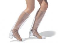 """【PVC】""""透ける靴""""はますますダイナミックに進化中"""