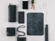 財布もバッグも、やっぱり黒が一番使える!(編集I)