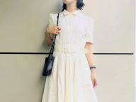 涼しげなホワイトドレス