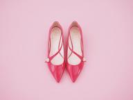 「毎日ピンク宣言!」3月10日はロジェ・ヴィヴィエ (編集K)
