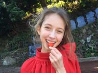 柑橘果樹園に現れたストロベリーガール(編集T)