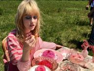 お嬢様は、ティータイムもピンクがお好き(編集T)