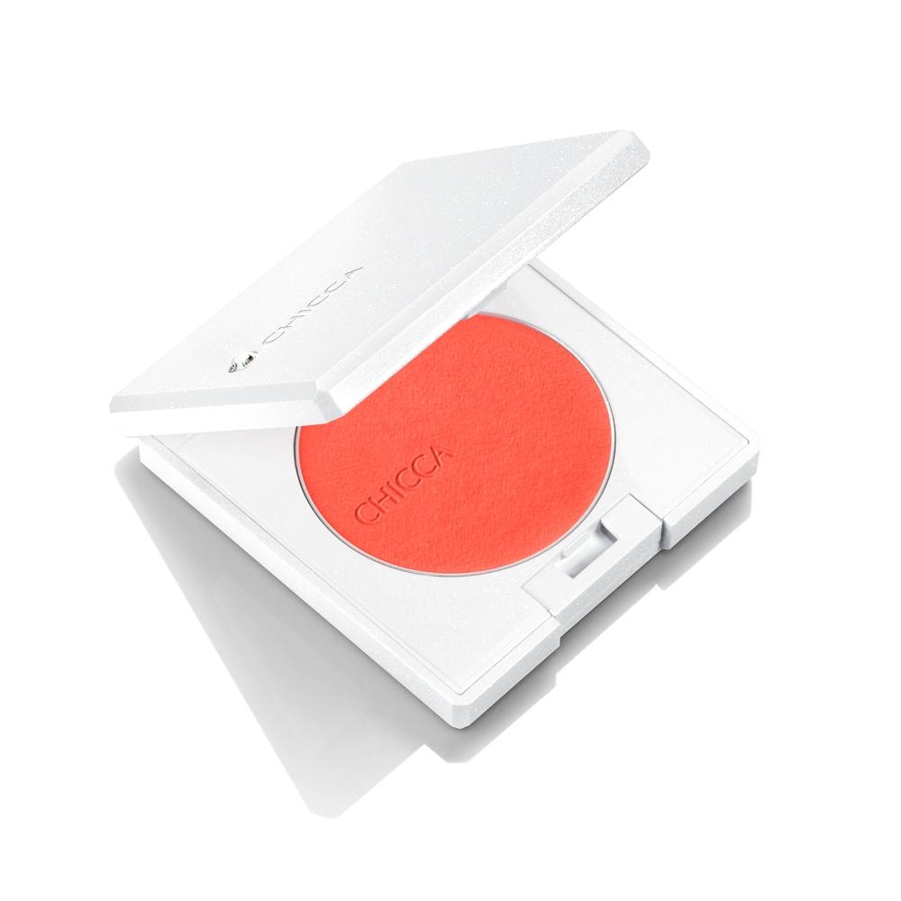 キッカ フローレスグロウ フラッシュブラッシュ パウダー 03 ¥3,000、ケース ¥2,000