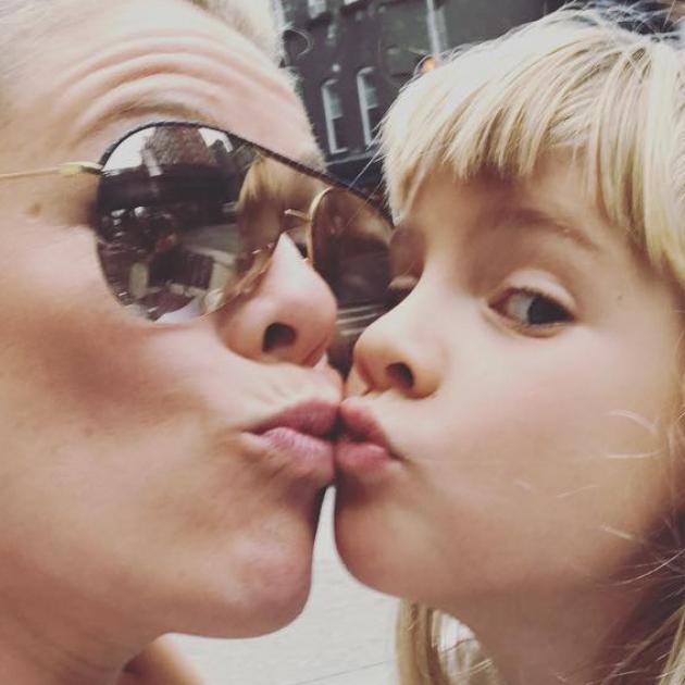 歌手ピンク、「一度にたくさんの男の子と付き合いたい」という娘の衝撃発言に返した言葉がお見事!