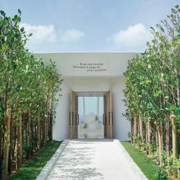 2019 年 1 月にリニューアルオープン! 沖縄初のデザイナーズチャペル「白の教会」に注目