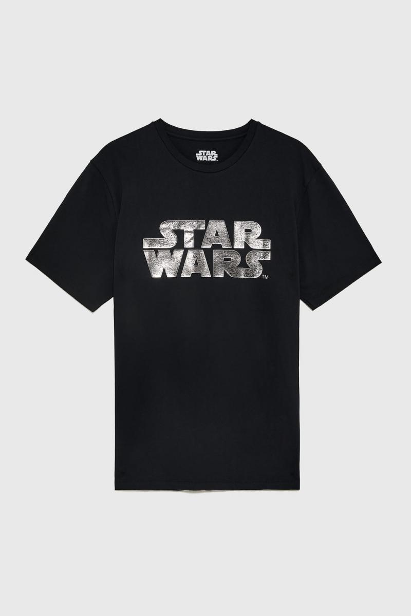メンズ用Tシャツ¥3,590/ザラ(©︎DISNEY)