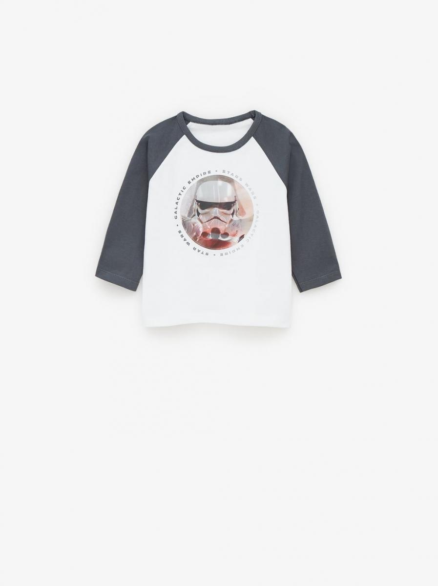 ベビー用レンチキュラーロングTシャツ¥1,990/ザラ(©︎DISNEY)