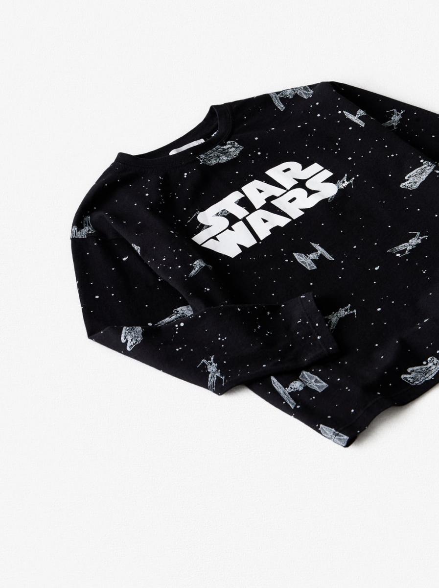 ボーイズ用ロングTシャツ¥1,990/ザラ(©︎DISNEY)