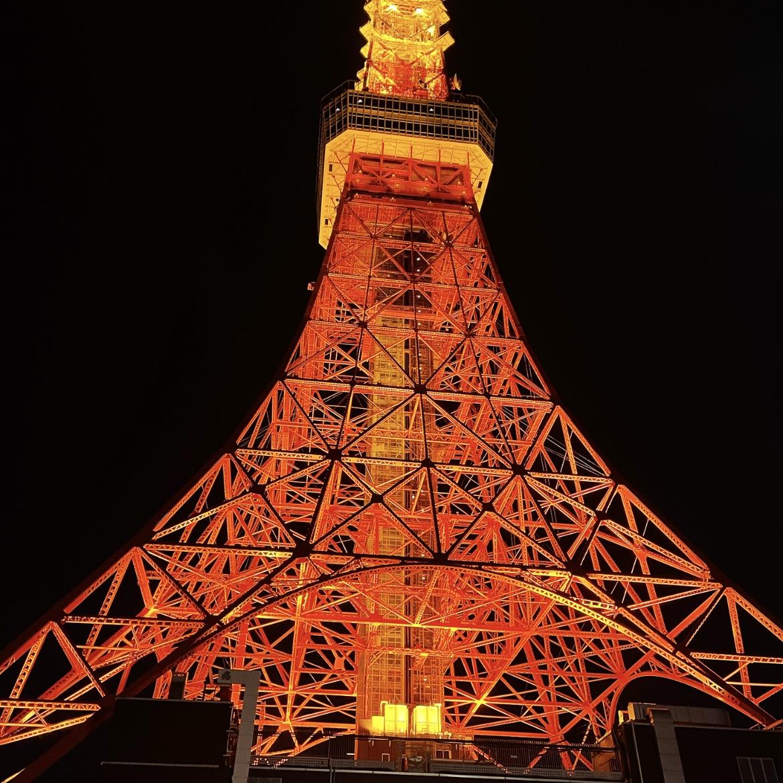 撮影が行われたのは1月中旬。昴流や星史郎が訪れたときから、東京の中心で輝き続けるタワーで撮影を行いました。