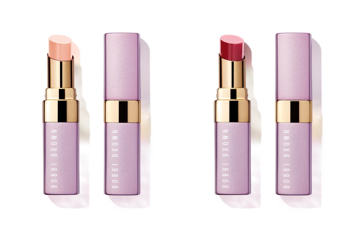 ボビイ ブラウン エクストラ リップ ティント (左から)L01、L04 各¥4,620(2021年5月14日限定発売/2021年5月5日 阪急うめだ店、Hankyu beauty ONLINE先行発売・2021年5月7日公式オンラインショップ、アットコスメショッピング先行発売)