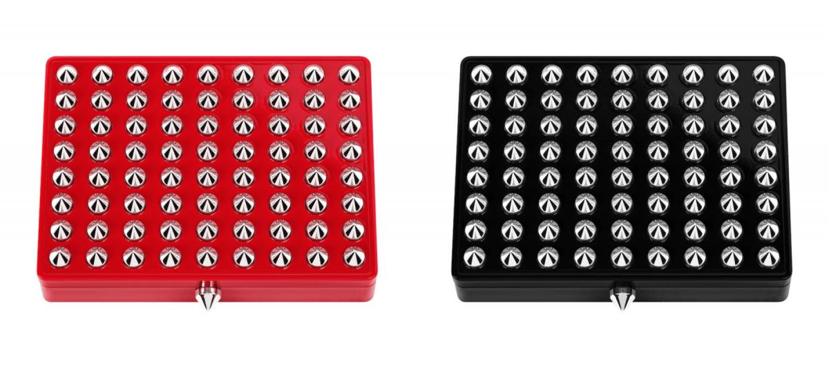ラパレット ケース (左から)ルージュルブタン、ノワールルブタン 各¥9,680(2021年6月9日全国発売/6月2日より伊勢丹新宿店、うめだ阪急店、公式オンラインブティックにて先行発売)