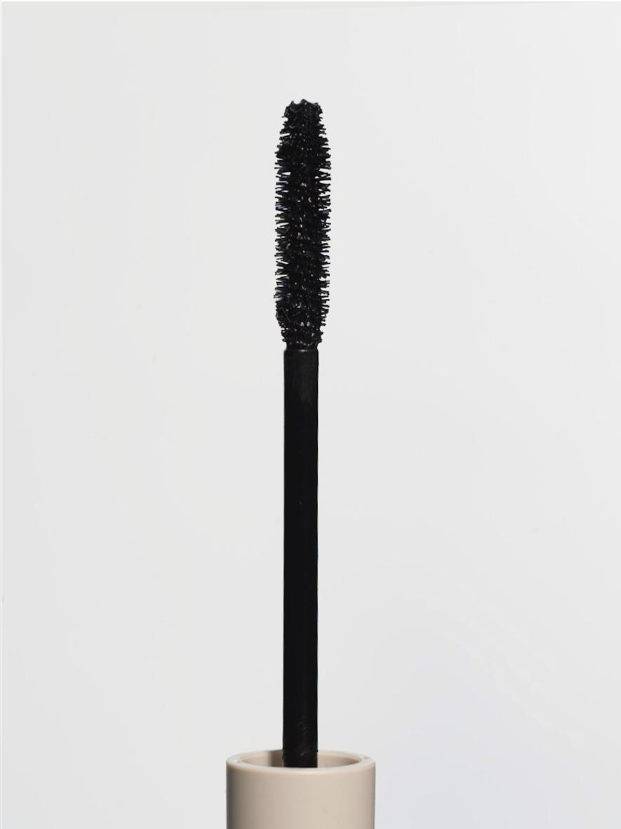 GRID ブラックラインマスカラ ブラックブラック ¥3,500(2019年11月20日発売)※ロンハーマンにて先行発売中