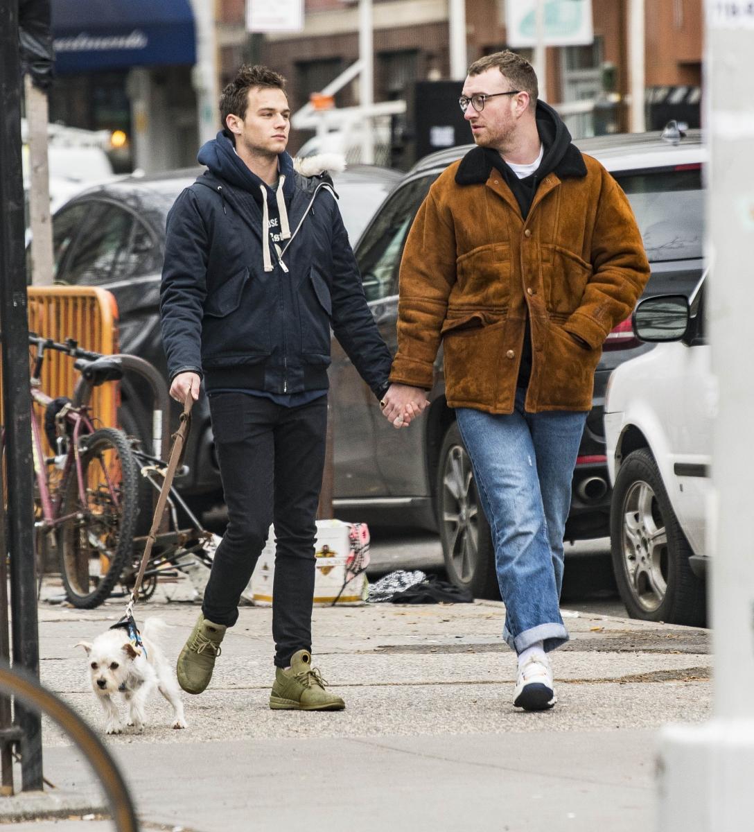 サム・スミス(26)と、ドラマ『13の理由』で知られる俳優ブランドン・フリン(25)は6月に約9カ月続いた関係に終止符。別離の理由は明かされていないが、9月の時点で破局は「まだ辛い」とコメントしたサム。立ち直れていないことを告白していた。