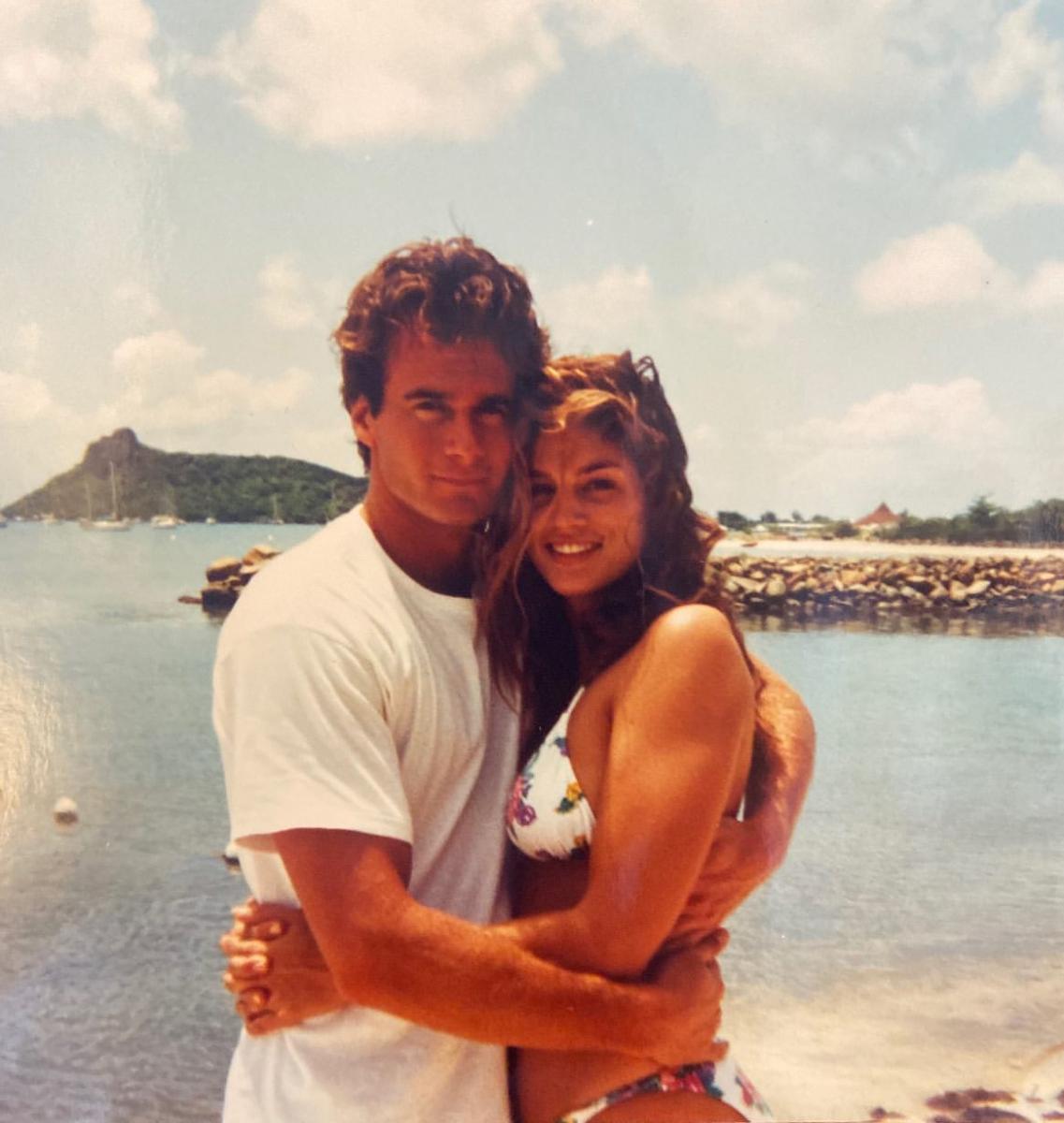 1994年にランディと初めて旅行に行った先でのツーショットだそう。