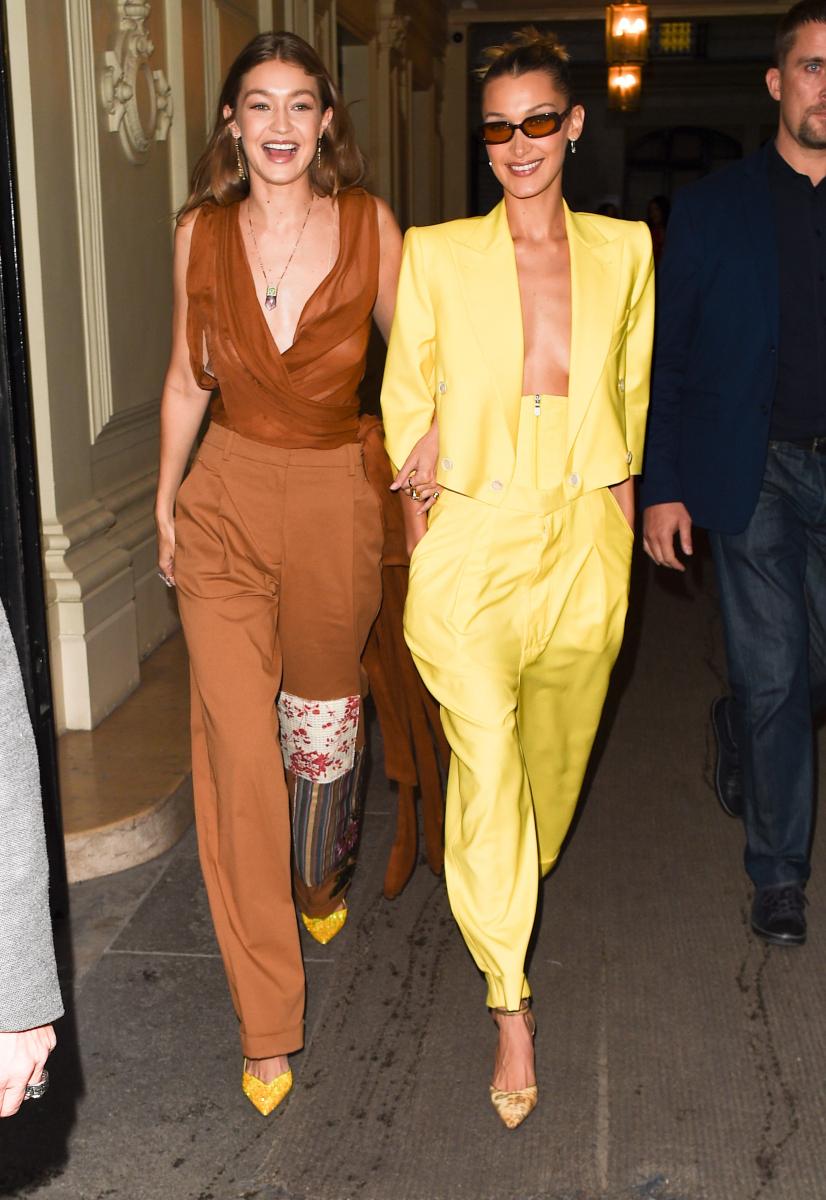 姉妹でトップモデルとして活躍中のジジ(25)とベラ(23)。2016年、ヴィクトリアズ・シークレット・ファッションショーでは初めて、姉妹で出演するという快挙を達成し、幼い頃からの夢も実現させた。現在、ジジは昨年末に復縁した恋人ゼイン・マリク(27)との第一子を妊娠中!
