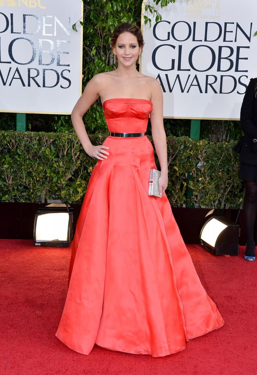 『世界にひとつのプレイブック』での繊細かつエモーショナルな演技が評価され、2013年のゴールデングローブ賞でミュージカル/コメディ部門の主演女優賞を受賞。これがジェニファーにとって初めてのゴールデングローブ賞受賞に。