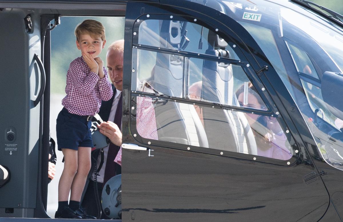 ドイツ・ハンブルグでヘリコプターに乗せてもらいうっとり? Photo:Samir Hussein/WireImage