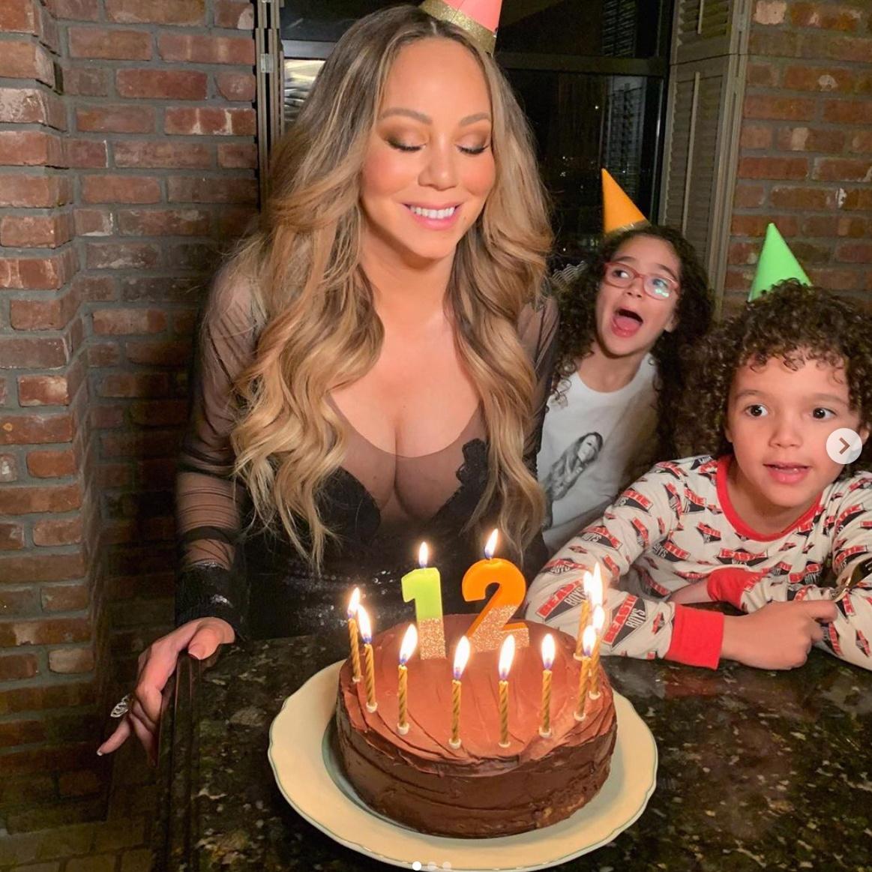 「年齢を数えない」がモットーのマライア・キャリー、50歳の誕生日に「永遠に12歳」宣言!
