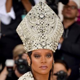 史上最大級!メットガラ2018の「ヘッドドレス横綱」を探せ #MetGala