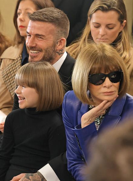 名物編集長アナ・ウィンターと髪型が丸かぶりしたハーパー。Photo:GettyImages